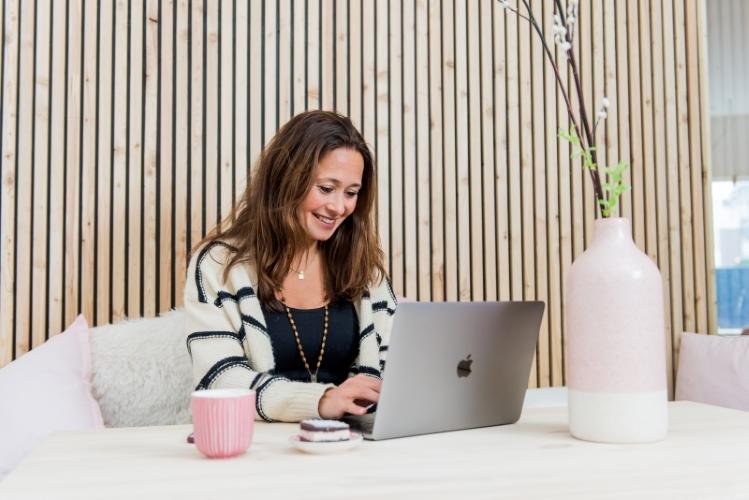 Doors Open Female Hub coworking voor vrouwen Den Haag werkplek